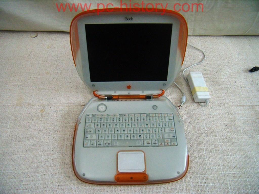 Apple iBook G3 M2453 Clamshell