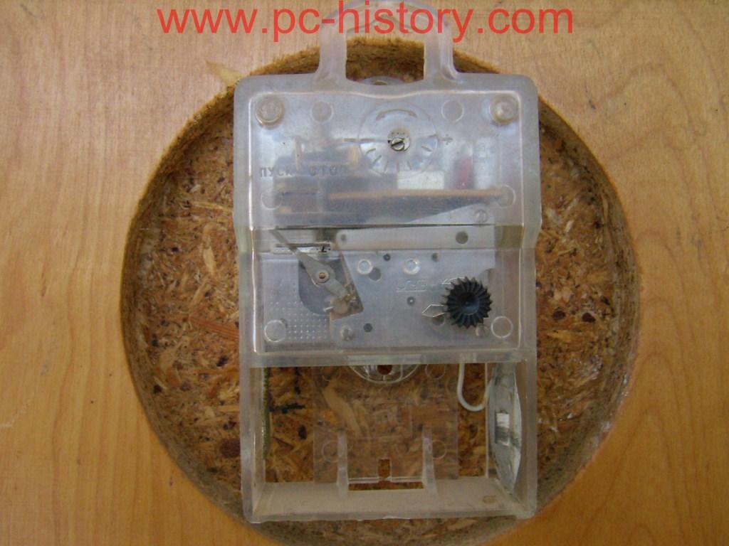 Ремонт электромеханических часов янтарь своими руками 801
