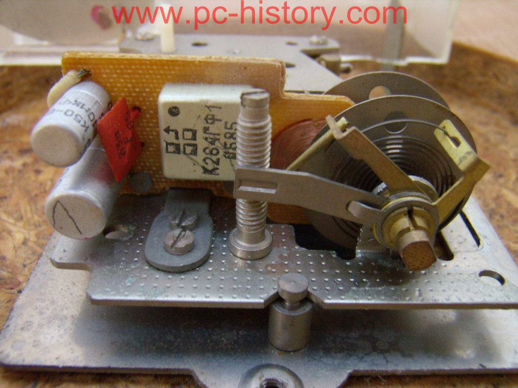Ремонт электромеханических часов янтарь своими руками 1090
