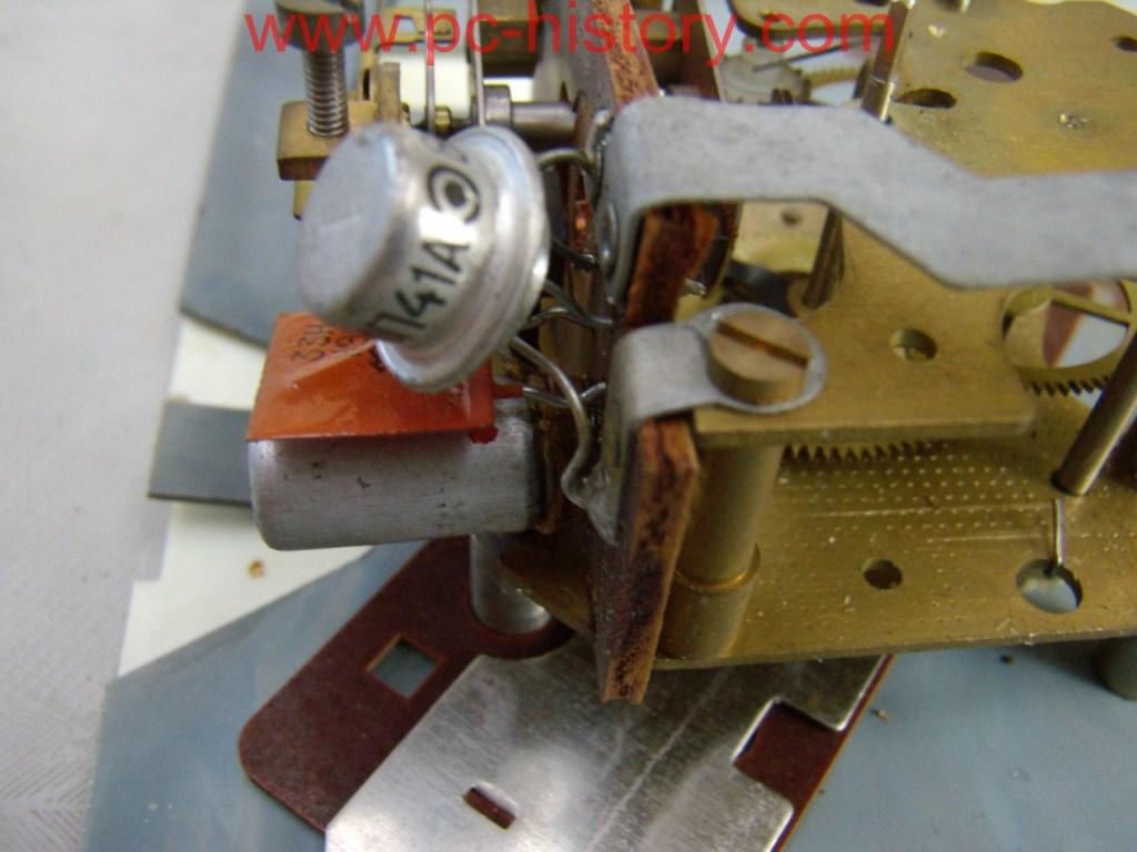 Ремонт электромеханических часов янтарь своими руками 919
