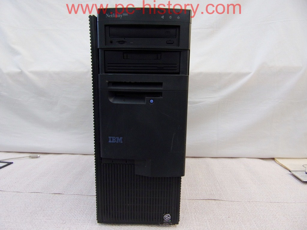 IBM Netfinity 3500 (Type 8655-11Y)