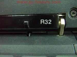 IBM_ThinkPad_R32_mod2658_3-2
