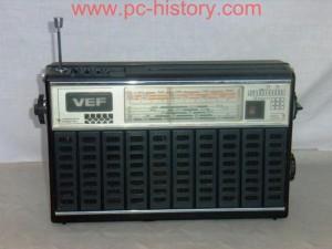 """Радиоприёмник VEF  """"Spīdola 232 """" ."""