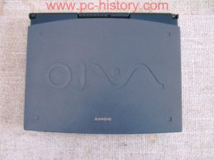 Sony_notebook_PCG717_2