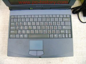 Sony_notebook_PCG717_4