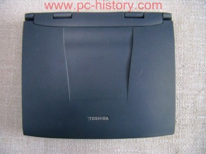 Toshiba_Satellite-2520CDT_1