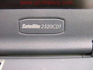 Toshiba_Satellite-2520CDT_3